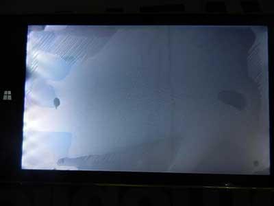 3- آبخوردگی صفحه تلویزیون